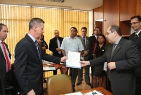 Contraf-CUT faz defesa do emprego no HSBC a parlamentares em Brasília