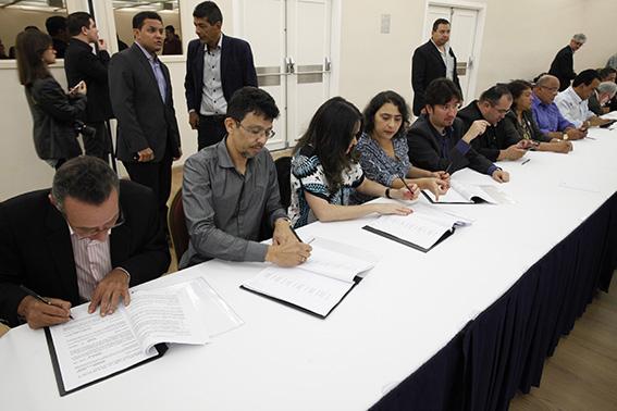 Contraf-CUT e Fenaban assinam Convenção Coletiva de Trabalho