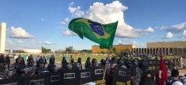 Ante maior marcha da história de Brasília, Temer mostra que é fraco e covarde, diz CUT